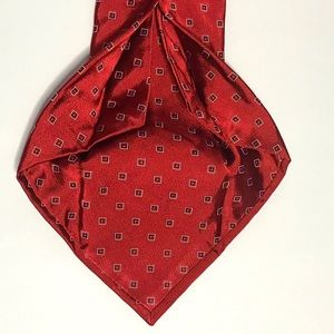 Cremieux Limited 7 Fold Red Geometric Silk Tie